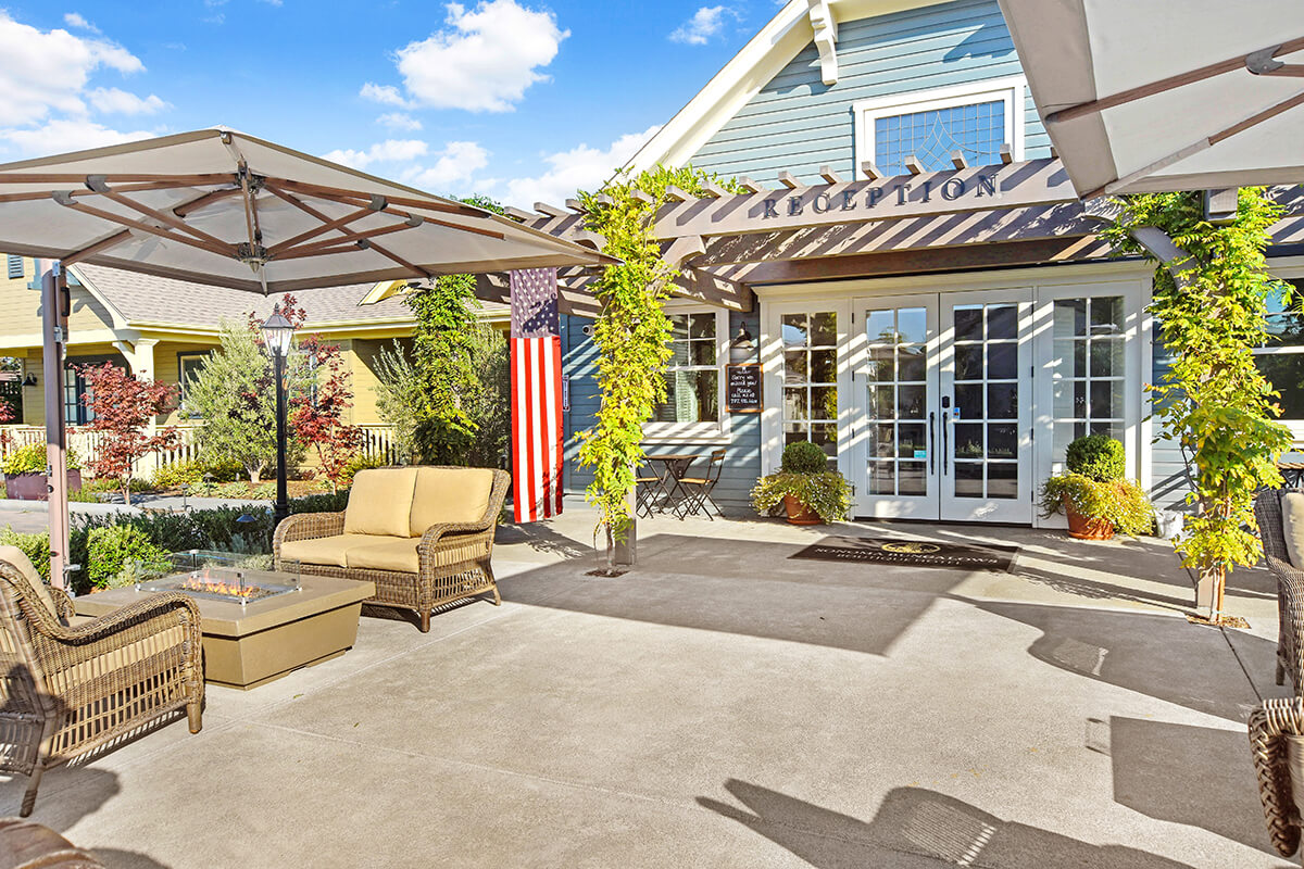 Outdoor Firepits in front of Sonoma Bungalows