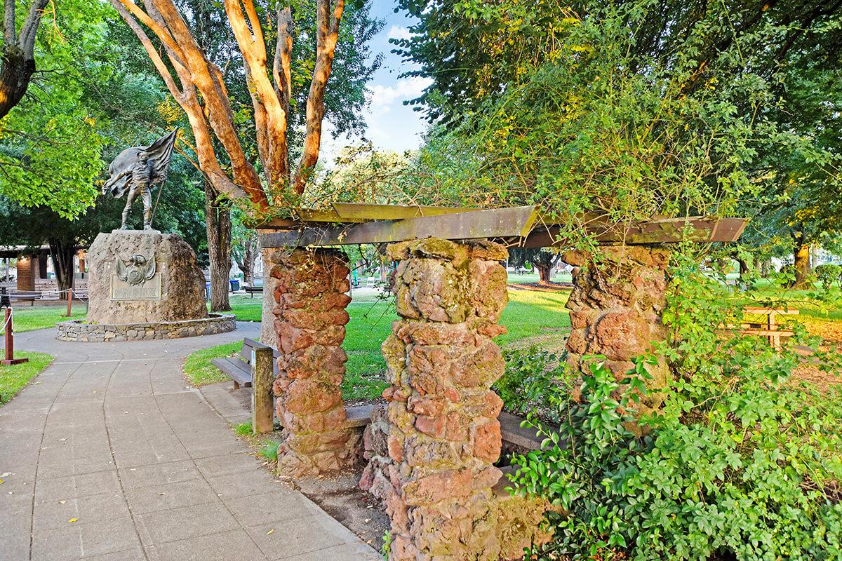 Sonoma Plaza path and statue